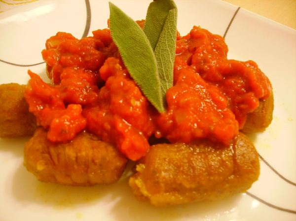 how to cook gnocchi with tomato sauce