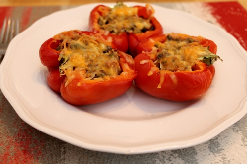 Quinoa-Stuffed Bell Peppers