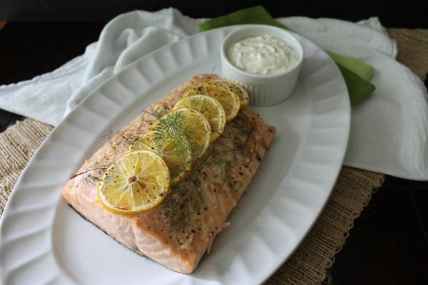 Dill, Lemon, Sour Cream, Salmon, Yum.