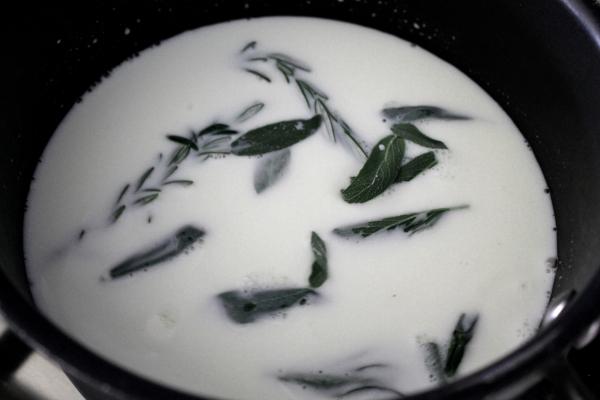 Herbs in Milk