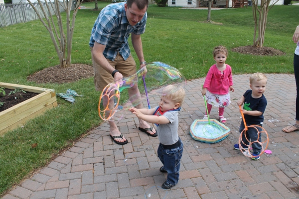 Big Bubble, Little Toddlers
